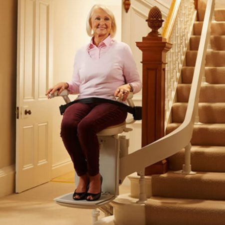 home-product-curved-stairlift